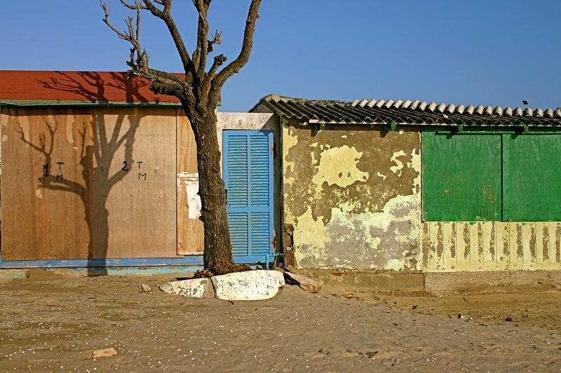 Beach_changing_shack