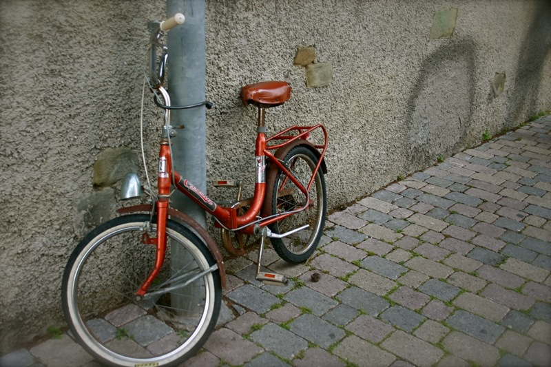 Red_bicycle